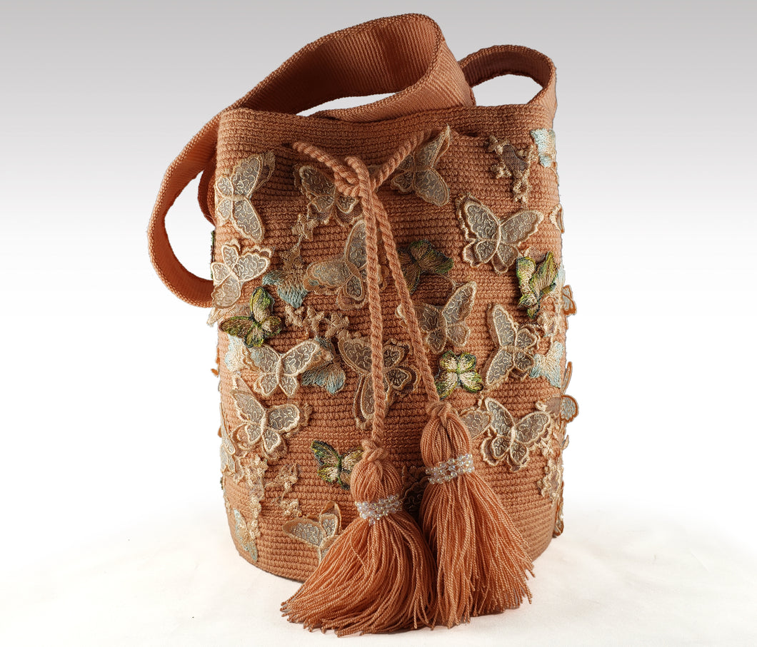 La Hermosa - Wayuu Mochila with embroidered butterfly accents