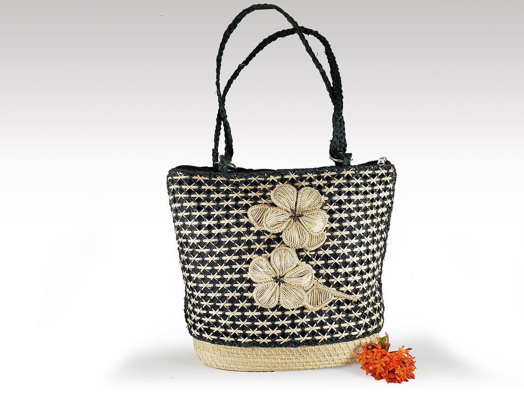 Zulema -  Iraca Palm Handmade Bag with zippered closure Wholesale