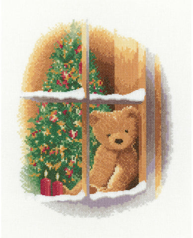 Heritage Crafts Cross Stitch Kit - William At Christmas (Evenweave)