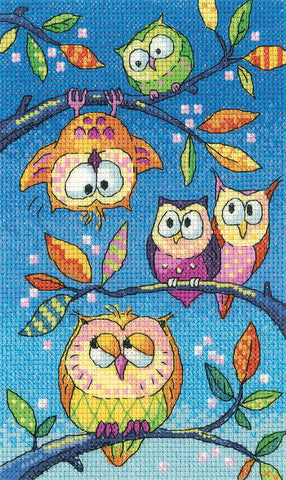 Heritage Crafts Birds Of A Feather Cross Stitch Kit - Hanging Around (Aida)