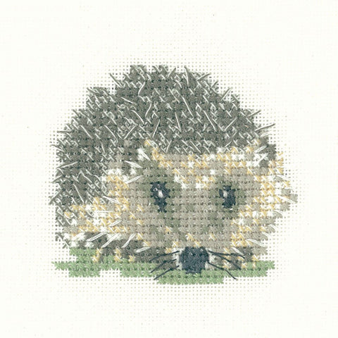 Heritage Crafts Little Friends Cross Stitch Kit - Hedgehog (Aida)