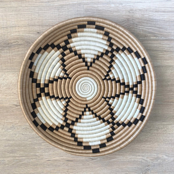 "16"" African Wall Basket"