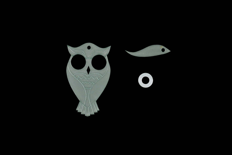 A LOVELY ACRYLIC OWL SEWING CRAFT TEMPLATE