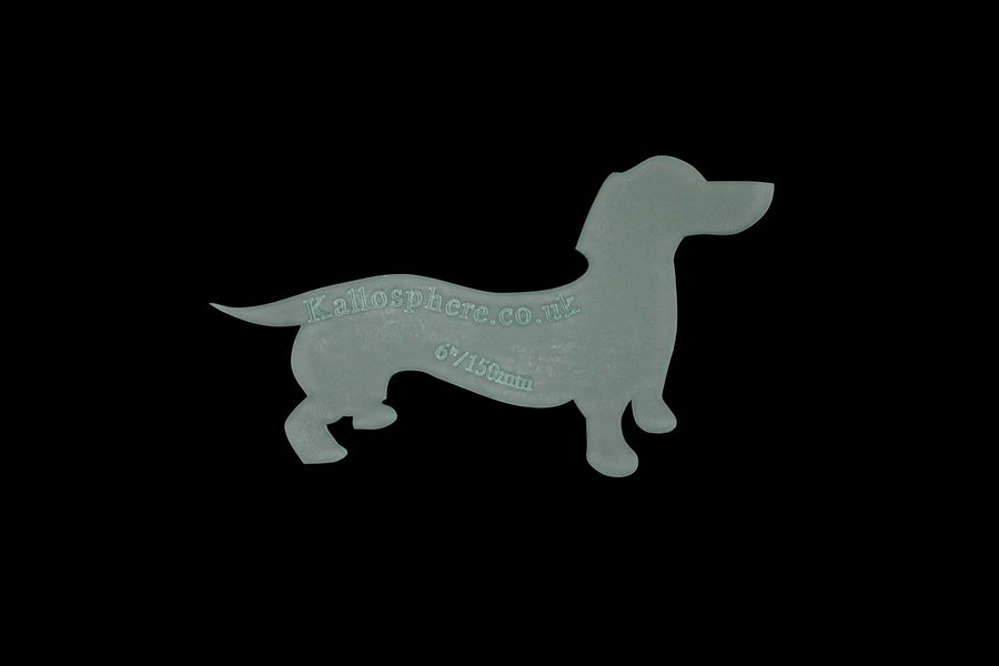 A DASHING DACHSHUND ACRYLIC SEWING CRAFT TEMPLATE