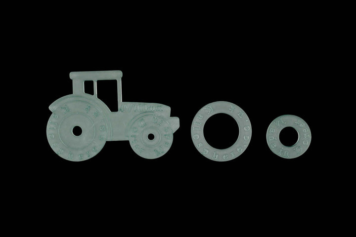 ACRYLIC TRACTOR SEWING/CRAFT TEMPLATE WITH SEPARATE WHEELS