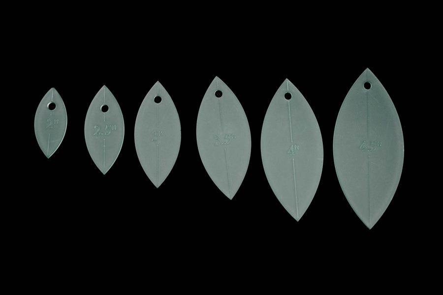 A SET OF 6 LEAF PETAL ACRYLIC CRAFT SEWING TEMPLATES