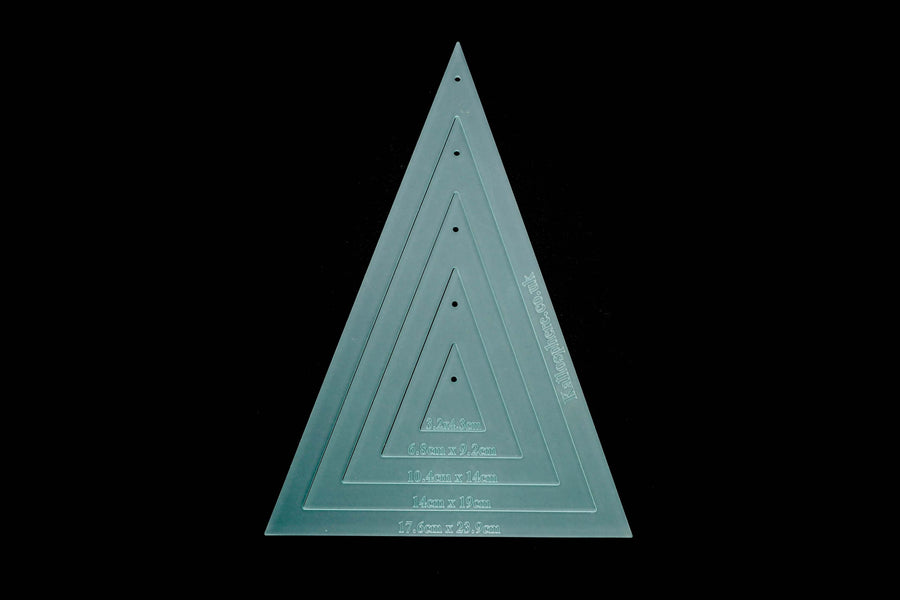 LONG TRIANGLE SEWING/CRAFT TEMPLATES CM - QUILTING OR BUNTING