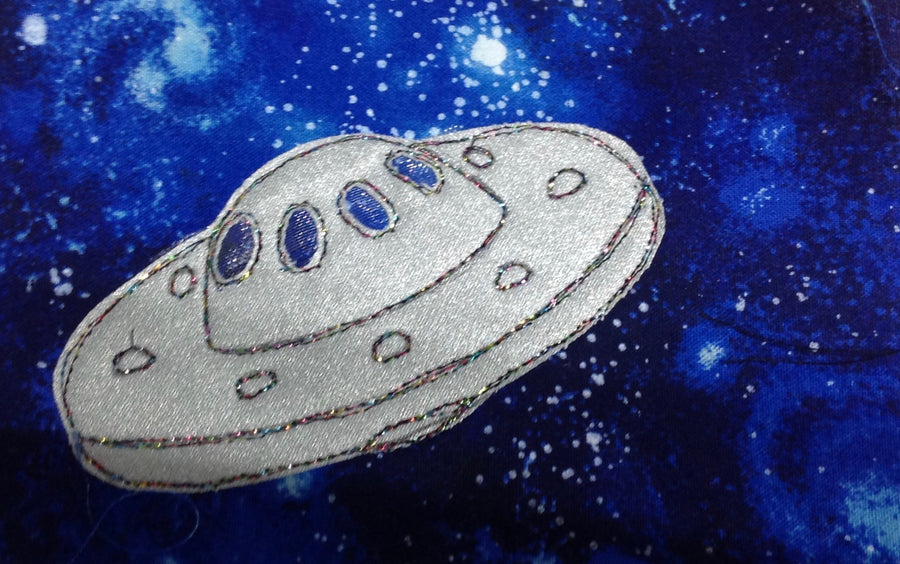 A SPACESHIP TEMPLATE FOR SEWING CRAFT