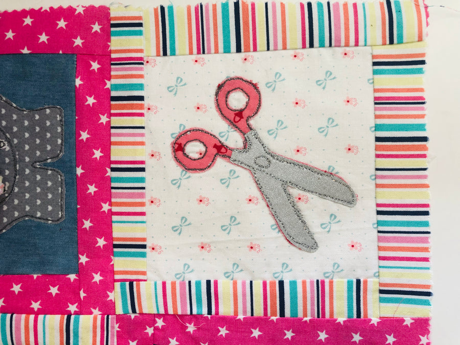 A GORGEOUS PAIR OF ACRYLIC SCISSORS SEWING/CRAFT TEMPLATE from 2.5""