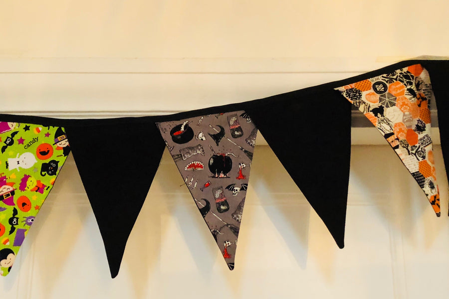 FOUR LARGE BUNTING TRIANGLE ACRYLIC SEWING/CRAFT TEMPLATE SET