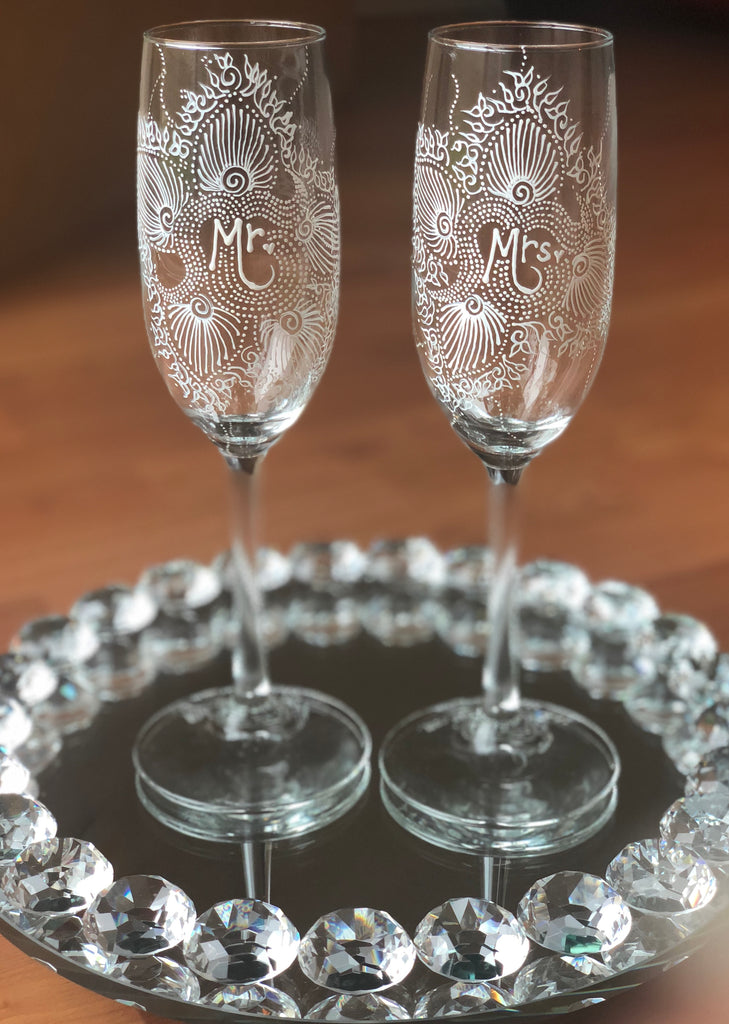 """Mr. & Mrs."" Champagne Flutes"
