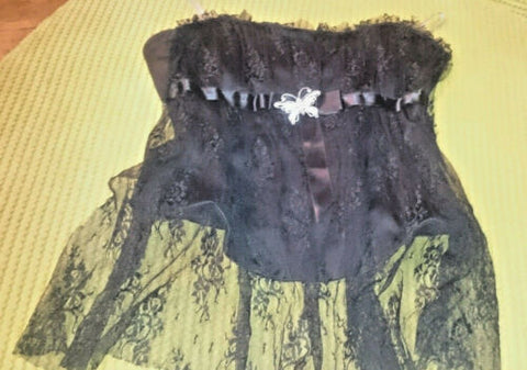Gorgous Black lace/satin corset top river island with diamante butterfly.Size12