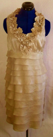 Exquisite LondonTimes.size8,cream silk tiered cocktail dress,lined.kneelength