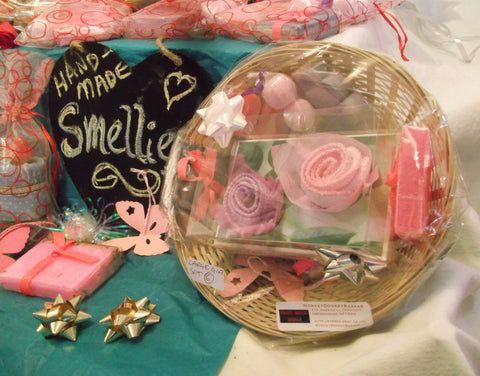 valentines day/mothers day HAND-MADE SOAP-pink purple basket 6 GIFT SETS.perfect