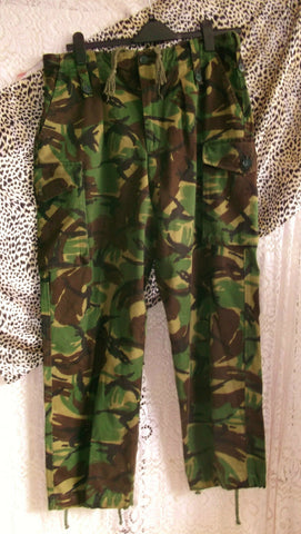 army surplus-camouflage combats,32
