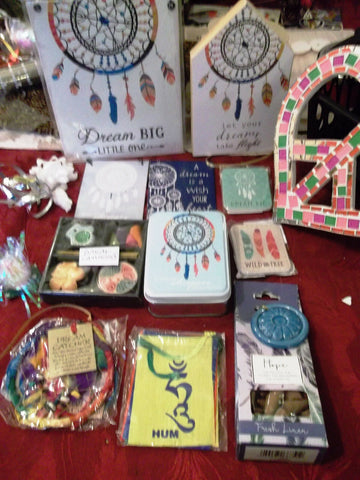 Funky dreamcatchers-giftset 3.(10 items) Dream BIg. Perfect funky gift item