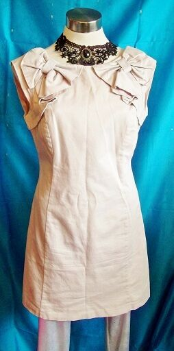 Warehouse,cream cocktail dress,size12uk,2bows shoulder detail,hidden backzip