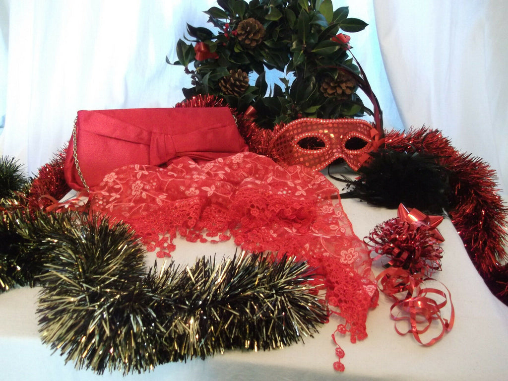 NEW YEAR/XMAS/PARTY/ACCESSORIES party pack essential GIFT SET1--gift wrapped
