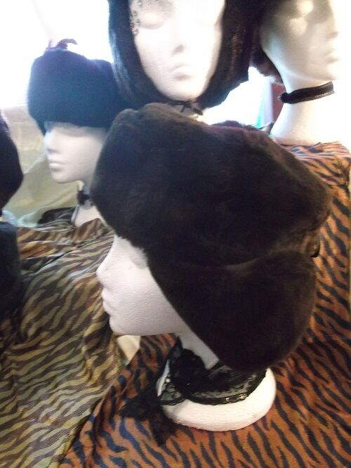 Unisex true Vintage dark brown Ushanka/Cossack/Trapper hats-thick faux fur. 3 SI