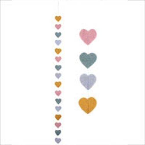 SHABBY CHIC/RETRO FELT HEART garland H 120cm W 6cm Depth 0.5cM PERFECT GIFT
