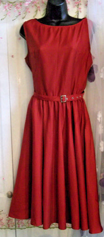 Gorgeous Manhanttan red flared satin gothic rockabilly dress size 14, CALF LENGTH, LINED