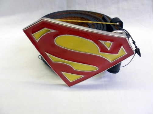 Classic red and yellow Superman buckle with belt