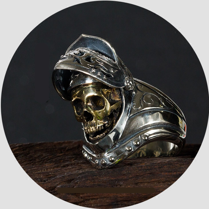 Round table knight undead skull ring