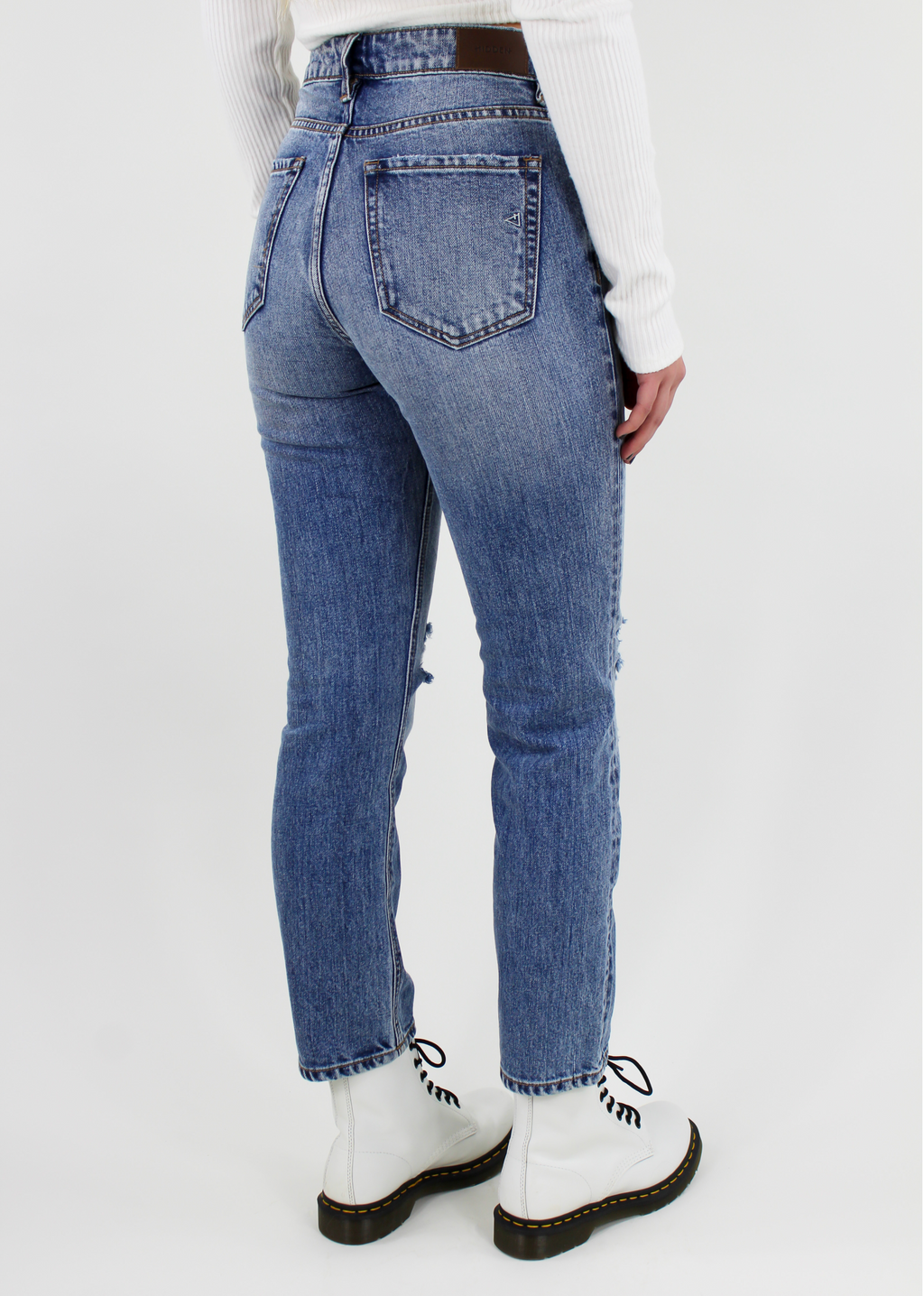 I Like Me Better Straight Leg Jean ★ Light Denim - Rock N Rags
