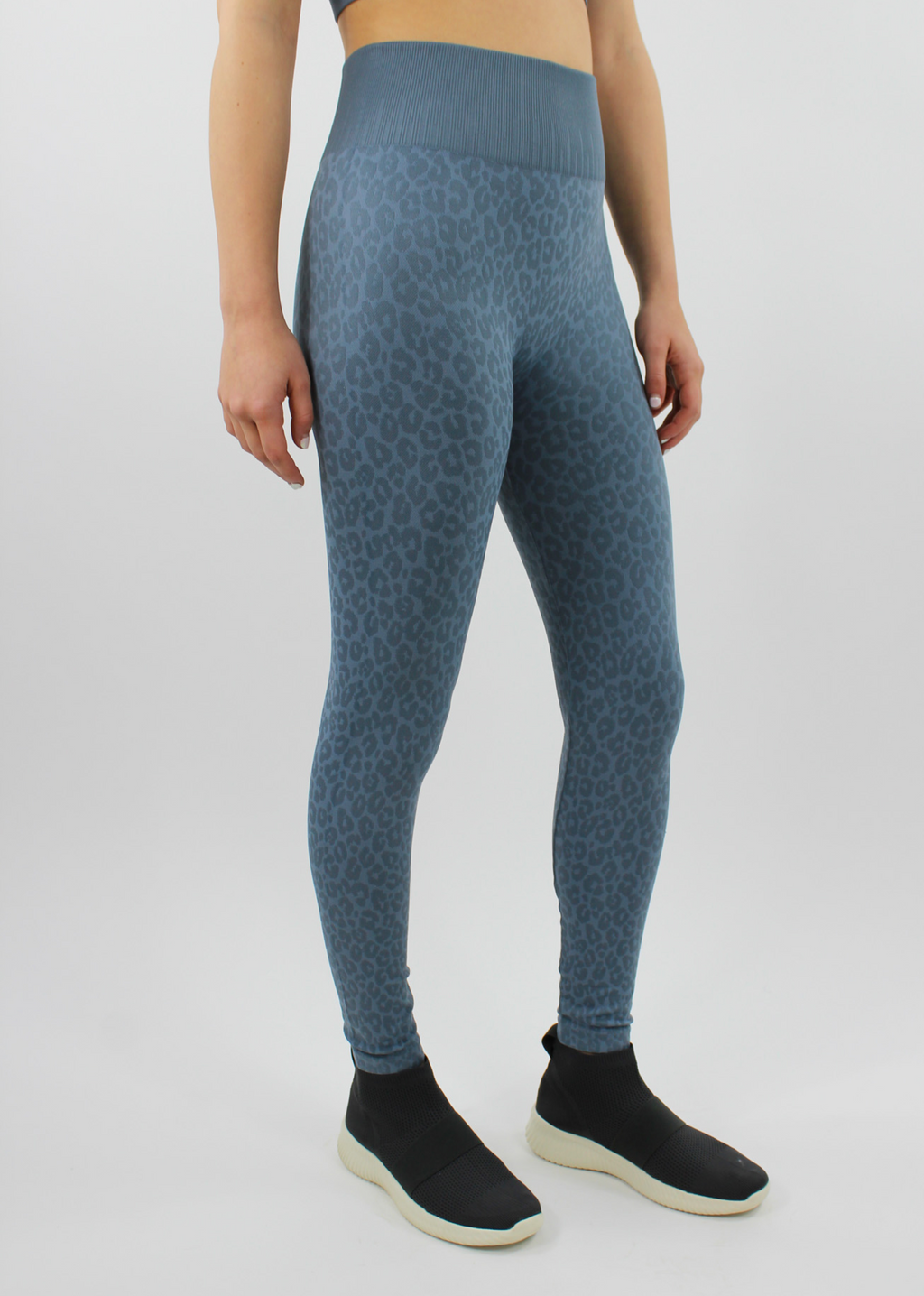 Cheetah Girl Leggings ★ Dusty Blue