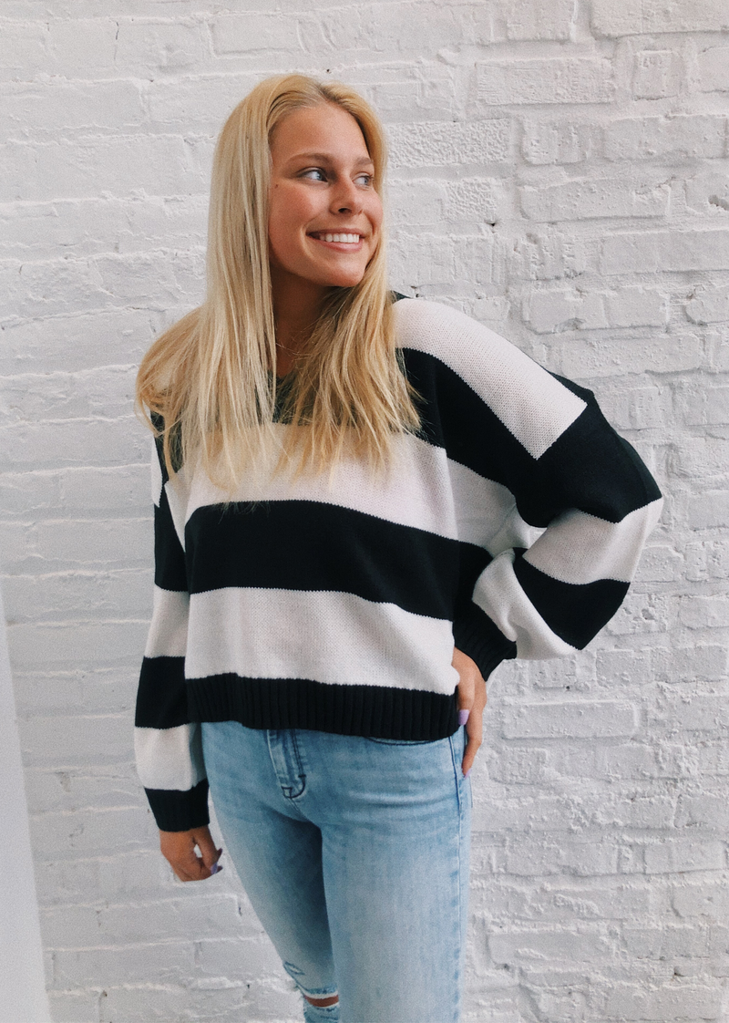 Striped Comfy Sweater ★ Black And White - Rock N Rags