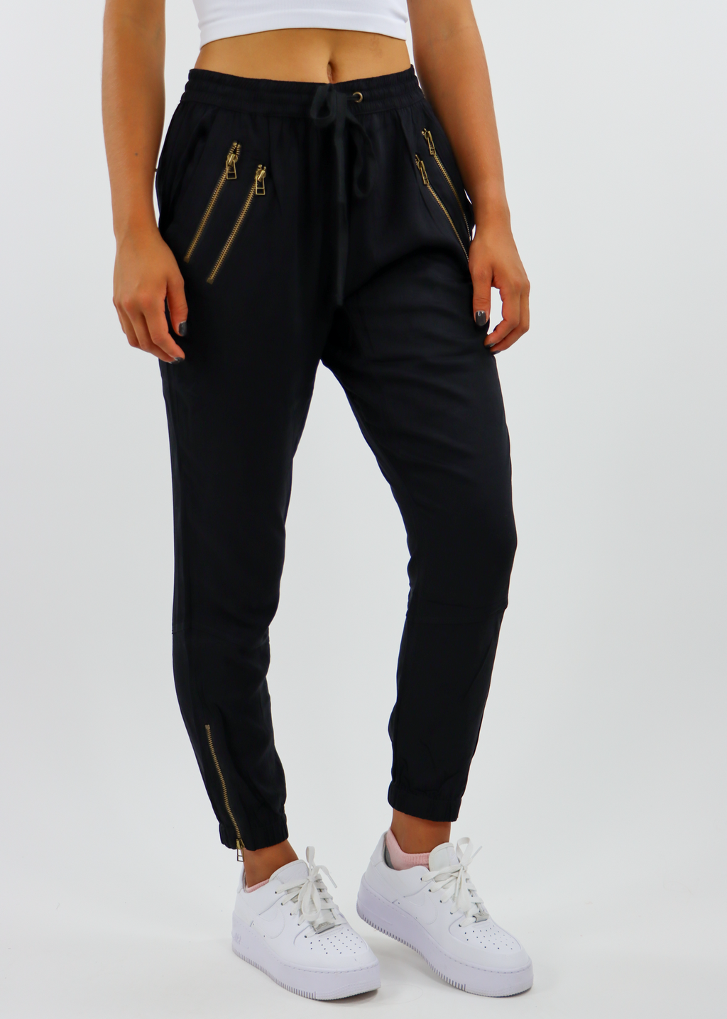 Zip It Up Joggers ★ Black