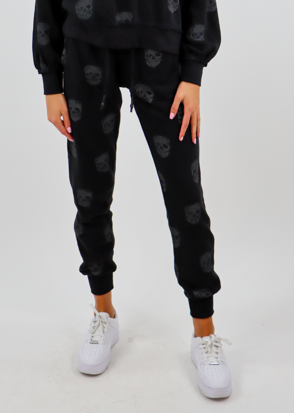 Skull Print Fleece Joggers ★ Black
