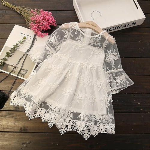 Ariana lace Dress in White