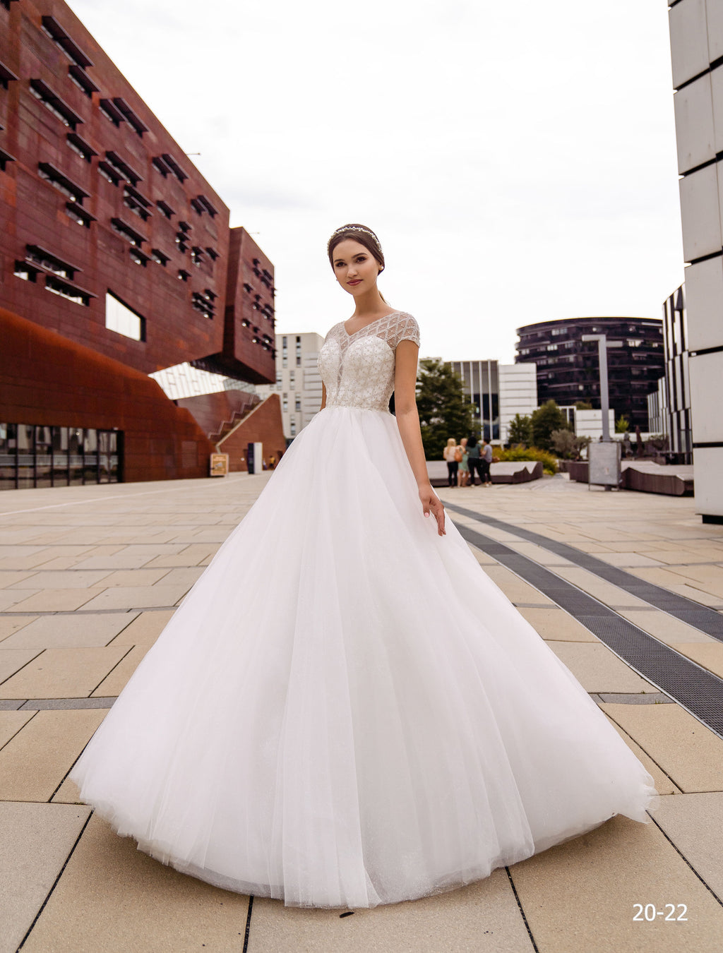 Lionelee Wedding Dress
