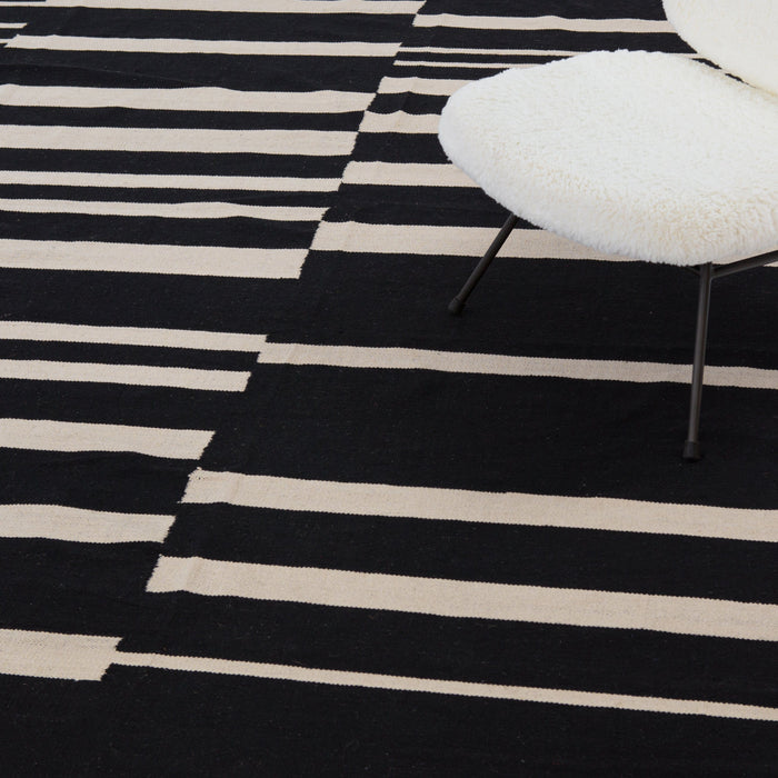 Offset Black Stripe Cotton Rug-9x12'