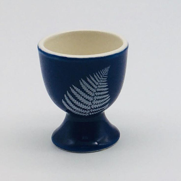 Beatifully hand painted egg cup inspired by our love of all things floral. 5.5cm by 6.5cm.