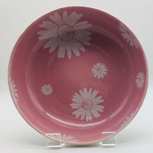 Beautiful pink pastel coloured large fruit bowl. Hand painted by our artisans. 21.5cm by 6.5cm