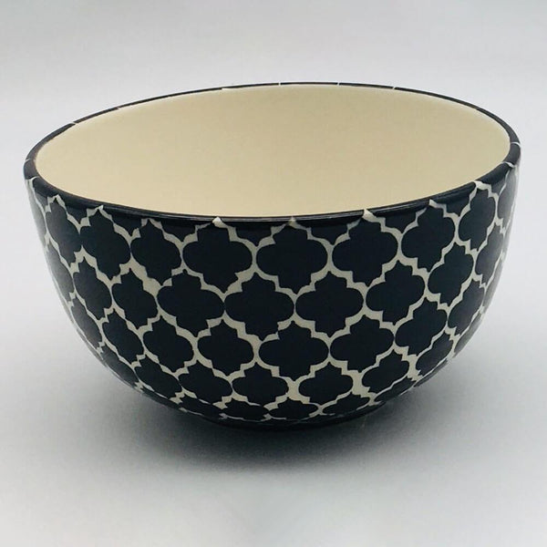 A stunning black Moroccan inspired cereal bowl beautifully painted using a hand cut sponge technique. 14.5cm by 8cm.
