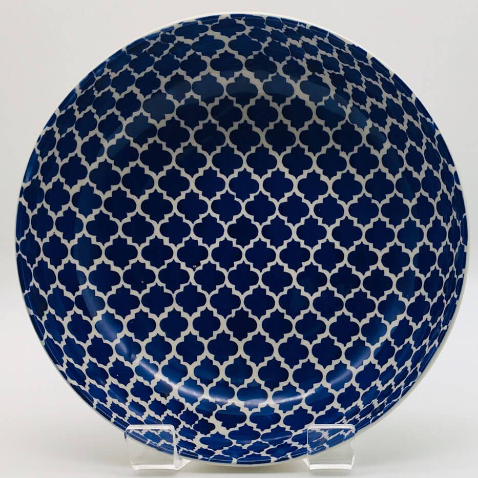 A stunning blue Moroccan inspired large fruit bowl beautifully painted using a hand cut sponge technique. 21.5cm by 6.5cm