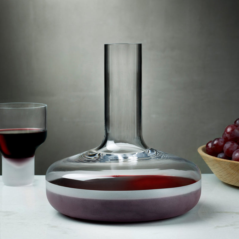 Contour@Wine Carafe with Sandblasted Base