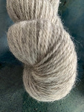 Load image into Gallery viewer, Bella BFL/Gotland DK Undyed