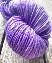 Load image into Gallery viewer, Delightful DK 75/25 Lavender