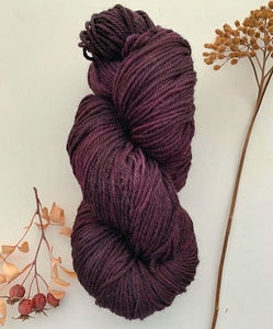 Countryside DK / Light Worsted Queen of the Night Tulip