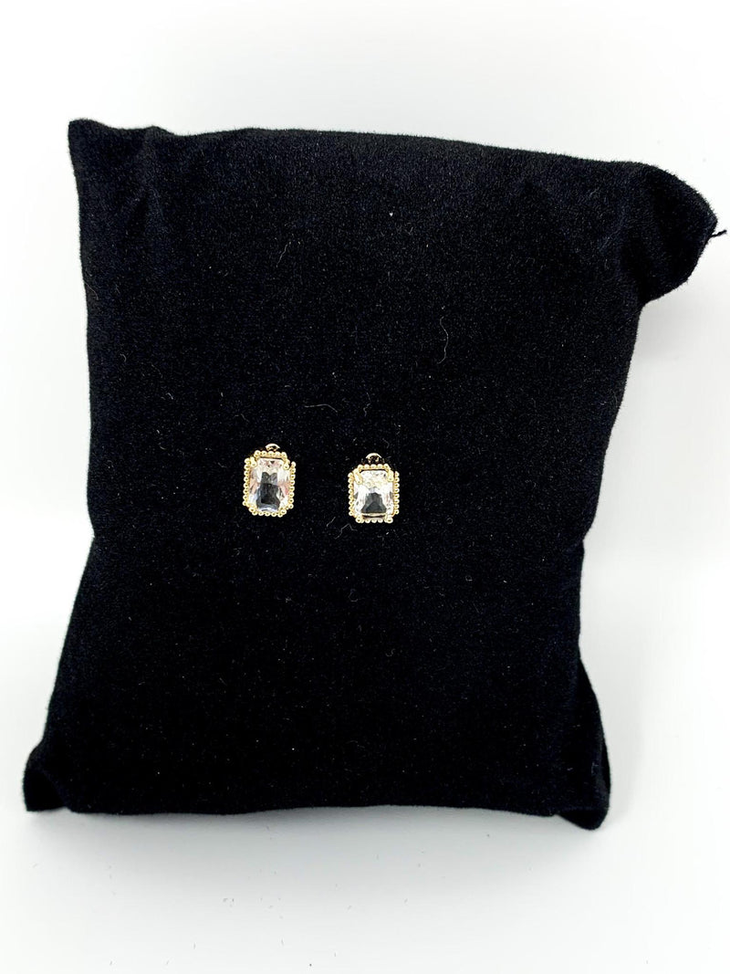 SQUARE ROUND DIAMOND STUDS