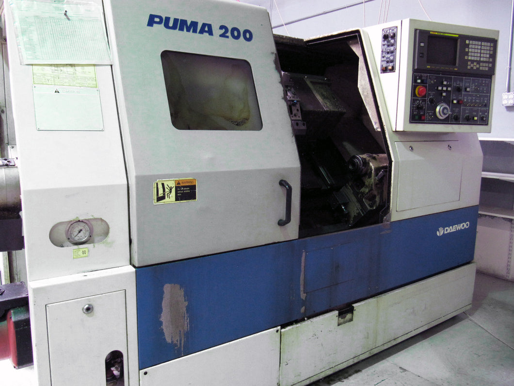 DAEWOO Puma 200C CNC Turning Center Lathe w/ 8