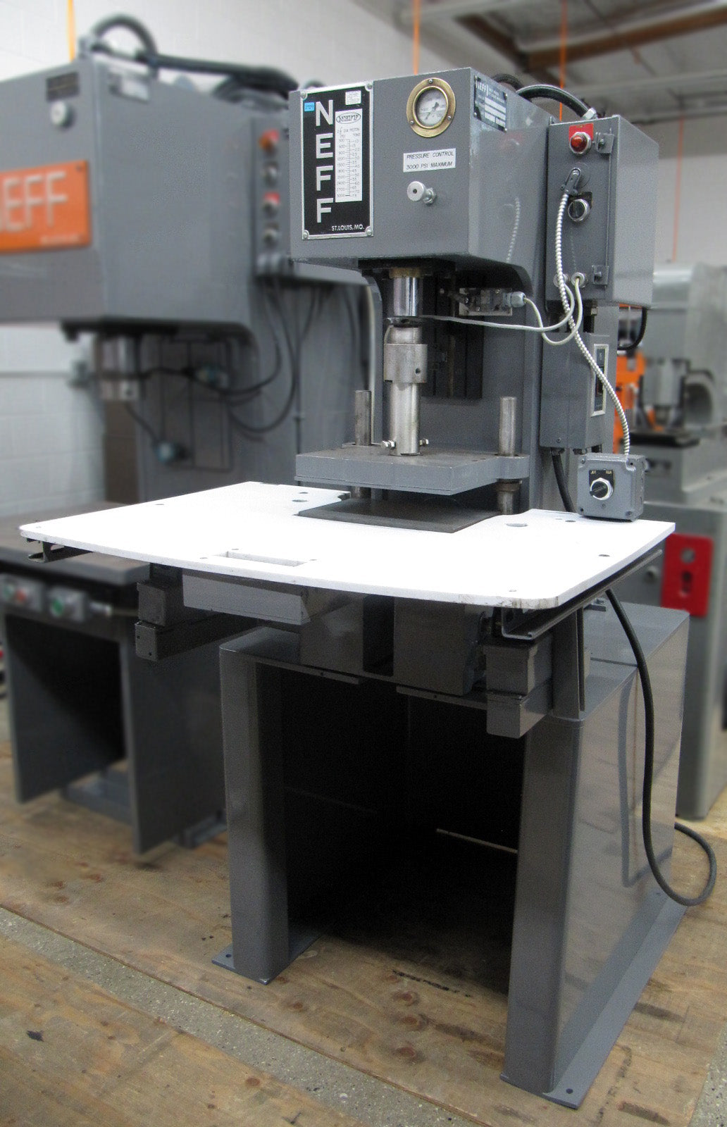 NEFF 7-Ton C-Frame Hydraulic Press, 15