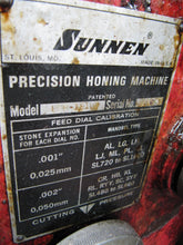 Load image into Gallery viewer, SUNNEN LBB-1810 Power Stroker Hone - Automotive Honing Machine