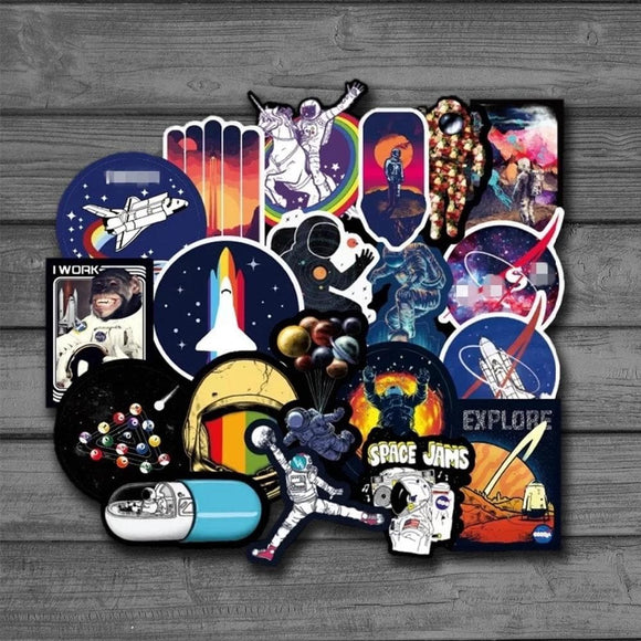 100pcs Pretty Galaxy Universe Astronaut Stickers for Luggage Laptop Decal Skateboard Stickers Bicycle Car Guitar Fridge Sticker