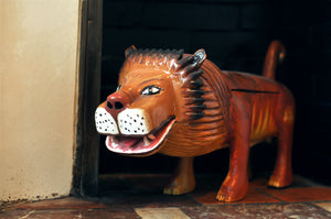 Paa JOE - Lion coffin