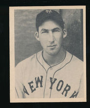 Load image into Gallery viewer, Scan of 1939 Play Ball 18 Harry Danning Trimmed